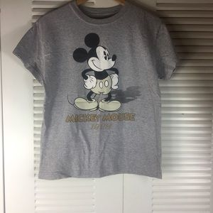 Mickey mouse t- shirt size XL